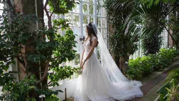 The top 10 most missed wedding shots