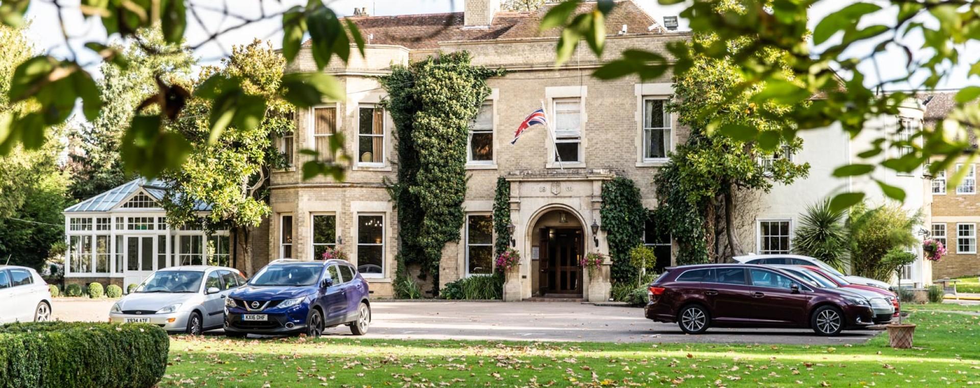 Woodland-Manor-Hotel-and-Restaurant-Grounds-09.jpg