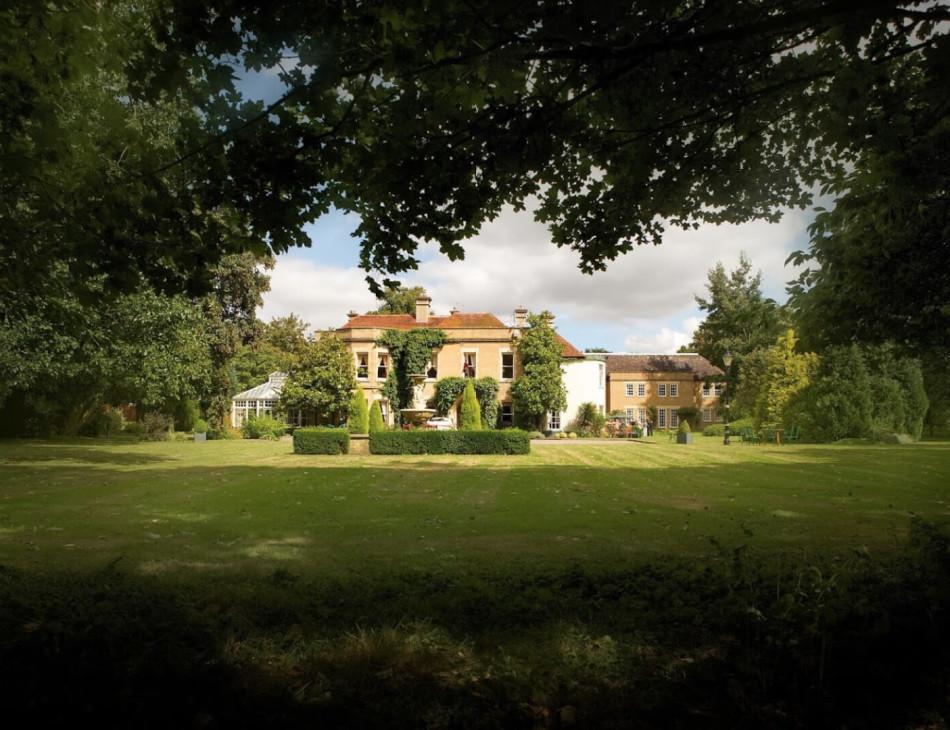 woodland-manor.jpg